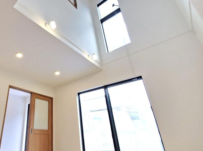 リビングの吹き抜け|大分の工務店 坂井建設 高性能規格住宅sakaiの家