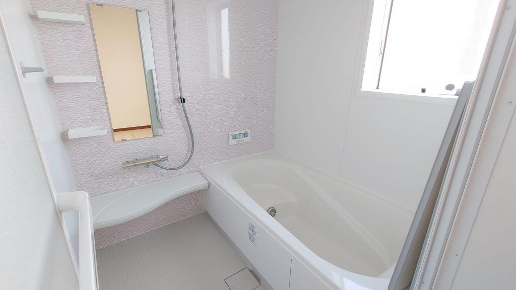 由布市挾間町赤野A棟のバスルームの写真